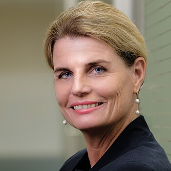 <strong><span>Carolin Mack</span> VKB</strong><br>Positioniert die VKB als aktive, regional verwurzelte Lokalbank, die klar ihre Werte lebt und umsetzt.