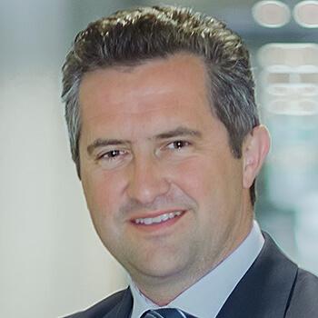 <strong><span>Rainer Schnabl</span> Raiffeisen Kapitalanlage</strong><br>Punktet im Markt mit risikobewusstem Asset-Management und einer bedarfsorientierten Produktpalette.